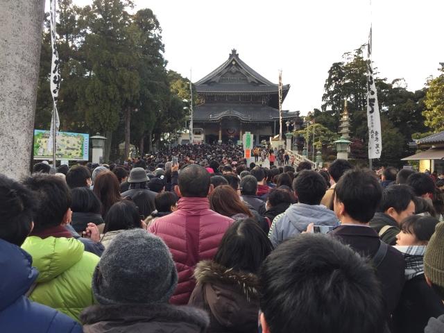 1557284646 - 豊川稲荷で大村愛知県知事とツーショット