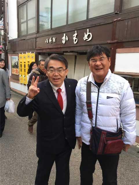 大村愛知県知事と店長のツーショット
